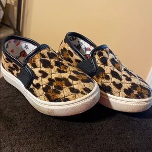 STEVE MADDEN CHEETAH SLIP ON TODDLER SIZE 8